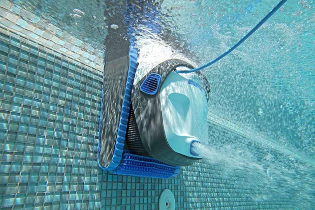 Dolphin s 300i poseidon for Robot limpia piscina